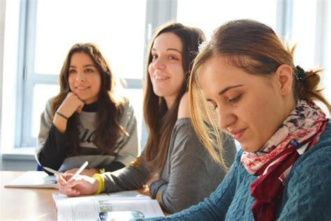 Colegios de Sant Cugat. Proceso de inscripción y mapa.
