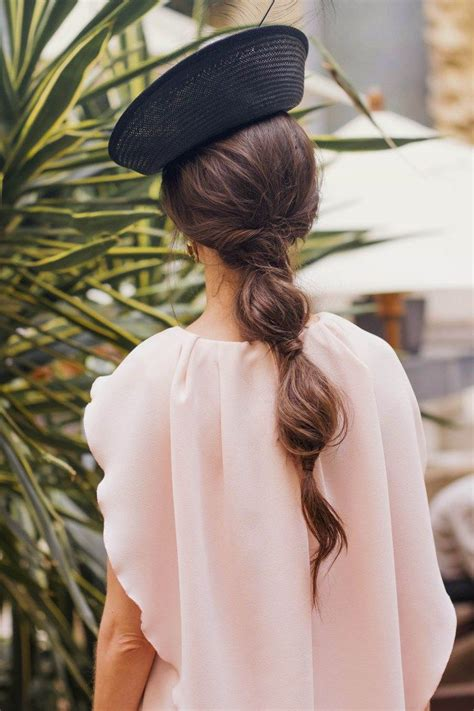 Coleta burbuja peinado invitada novia | Peinados ...