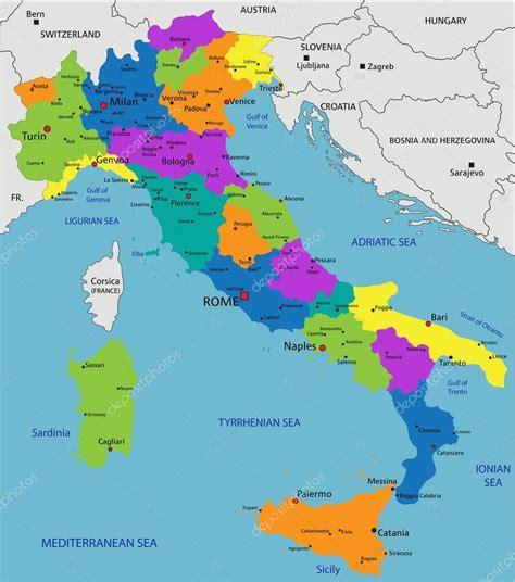 Colorful Italy political map — Vector de stock  delpieroo ...