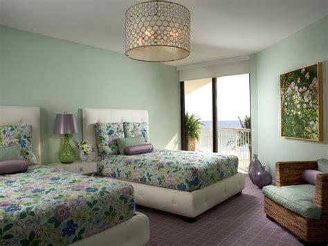 Colorful Seaside Guest Bedroom | HGTV