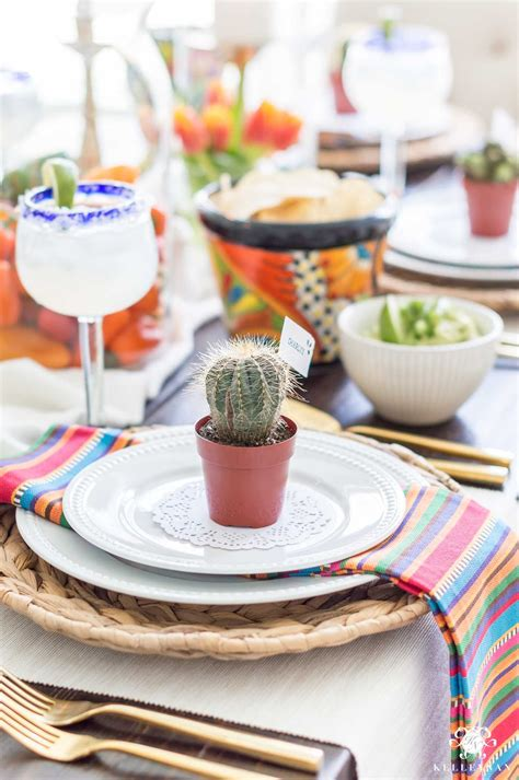 Colorful Table Decorations for Mexican Fiesta Party ...