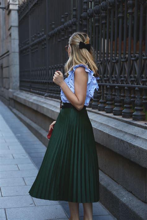 Combinar una falda plisada verde | My Showroom blog de moda