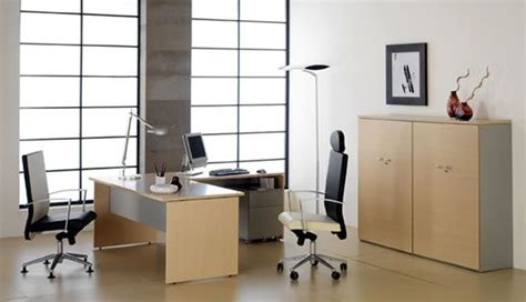 Como comprar el mobiliario adecuado para la oficina
