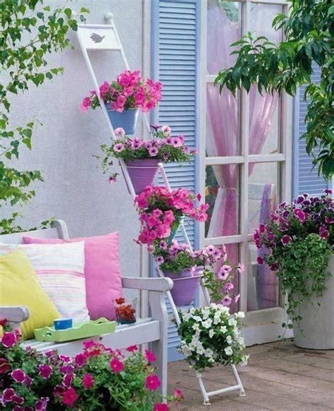 Cómo decorar balcones con flores