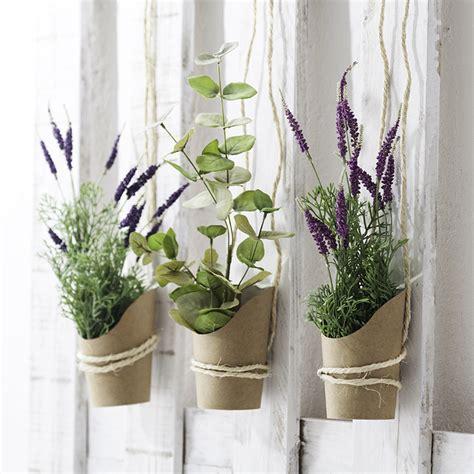 Cómo decorar la casa con flores artificiales