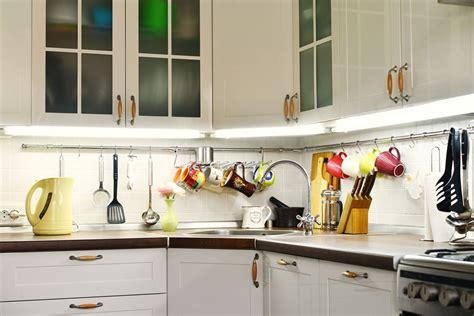 Cómo decorar una cocina pequeña   Hogarmania