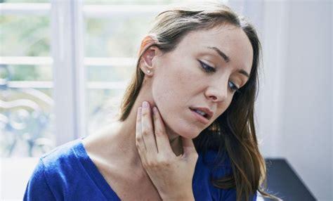 ¿Cómo deshacernos de un ganglio inflamado en la garganta ...