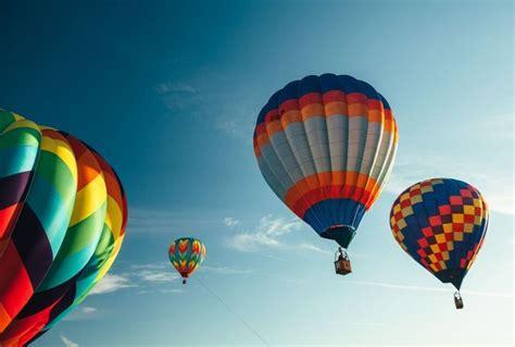 ¿Cómo es un vuelo en globo aerostatico?   Te lo contamos a ...