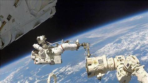 ¿Cómo es vivir en el espacio exterior?