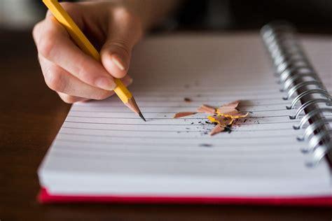 CÓMO ESCRIBIR UN LIBRO    Triunfa con tu Libro