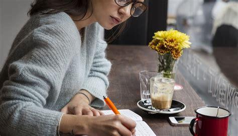 Cómo escribir una biografía personal creativa | Cuida tu ...