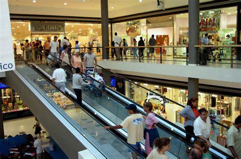 ¿Cómo evitar robos en Centros Comerciales ...