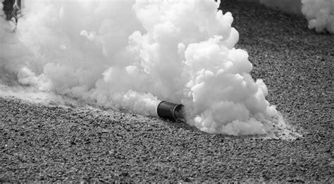 ¿Cómo funciona el gas lacrimógeno?   Muy Interesante
