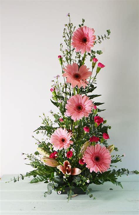 como hacer arreglos florales naturales y artificiales