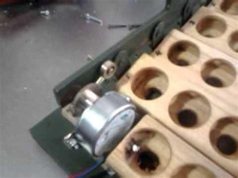 como hacer bandejas para volteador automatico   YouTube ...
