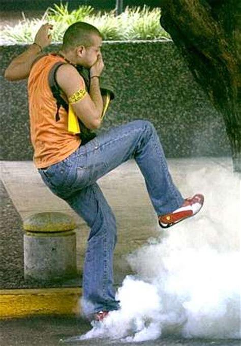 Cómo hacer gas lacrimógeno   Taringa!