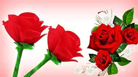 Cómo hacer rosas de papel crepe fáciles   Manualidades de ...