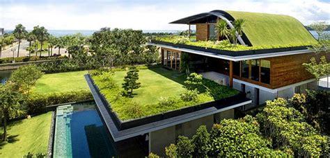 Cómo hacer una casa ecológica   Fachadas de casas modernas ...