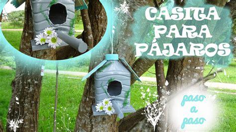 Cómo hacer una casita para pájaros reciclando botellas de ...