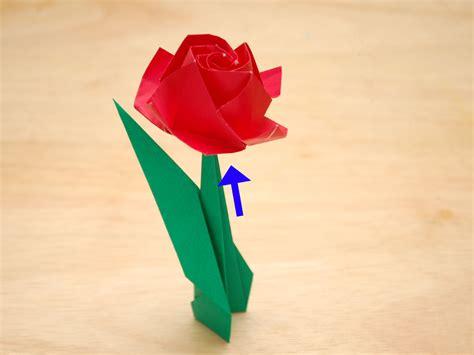 Cómo hacer una rosa de papel: 50 pasos  con fotos