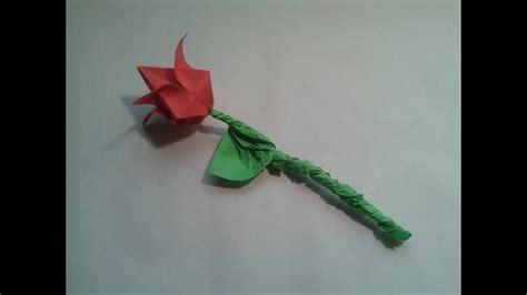 Como hacer una rosa de papel sencilla   YouTube