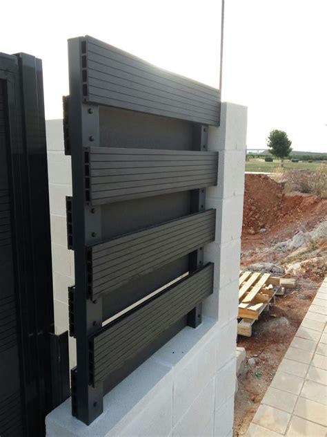 ¿Cómo hacer una valla exterior con baldosas de composite ...