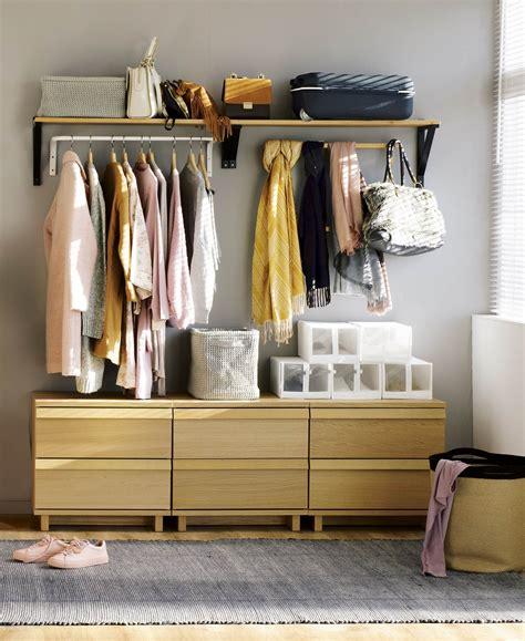 Cómo montar un vestidor abierto de Ikea con poco presupuesto