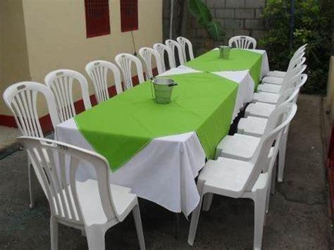 Cómo ofrecer un servicio de alquiler de mesas y sillas
