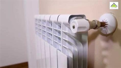 Cómo purgar un radiador  Leroy Merlin    YouTube