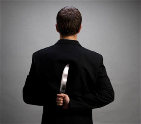 ¿Cómo reconocer a una persona paranoica? | La Sabiduría ...