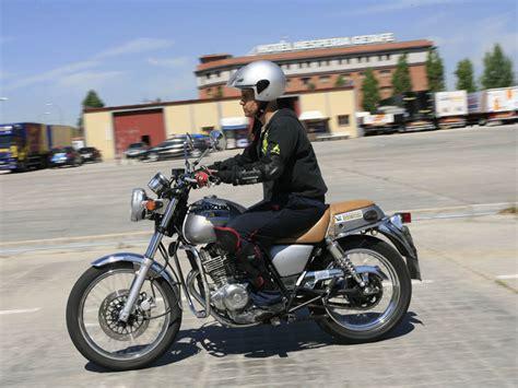 ¿Cómo sacarse el carnet de moto A2 por libre? | Informes ...
