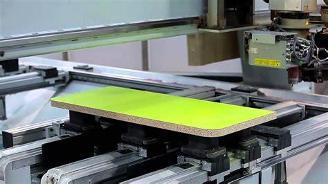 ¿Cómo son las fabricas de Muebles BOOM?   YouTube