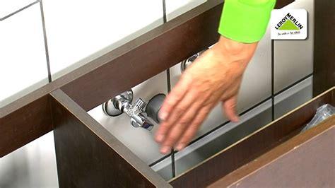 Cómo sustituir un lavabo por un mueble de baño · LEROY ...