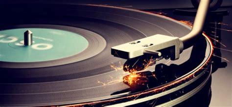 Compañía convierte tus cenizas en discos de vinilo