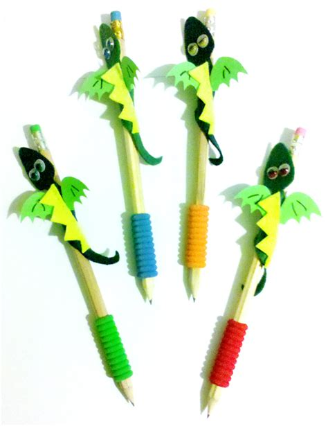 Complementos Aradip: Lápices con dragón de Sant Jordi