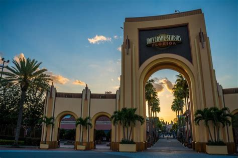 Complete Guide & History to Universal Studios Florida