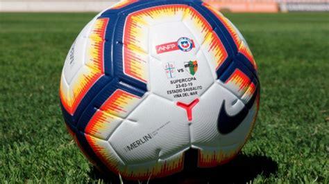 Con este balón se disputará la Supercopa entre la UC y ...