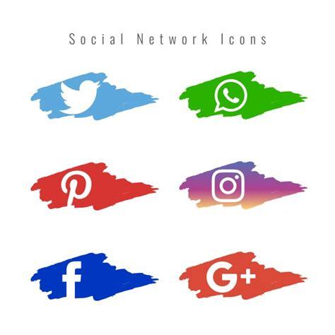 Conjunto de iconos de redes sociales con pinceladas de ...