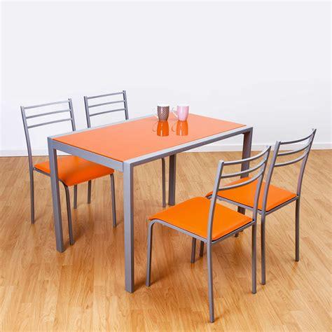 Conjunto de mesa y 4 sillas alfa en colores | Closet Norte