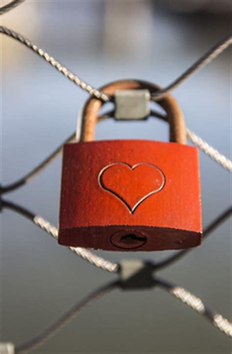 Conjuros de amor faciles y efectivos   Hechizos y Amarres