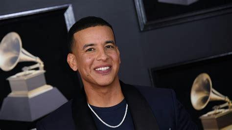 Conoce al hijo menor de Daddy Yankee que hace furor en ...