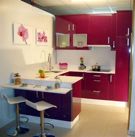 Consejos para decorar cocinas pequeñas con gusto   Moda en ...