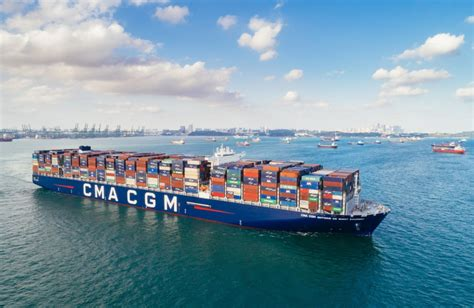 Container tracking solution    TRAXENS  by CMA CGM