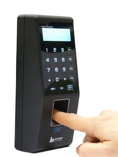 Control de accesos y control de presencia – Oretania Seguridad