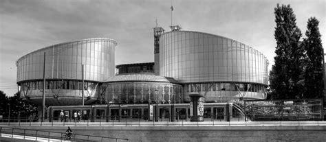 Convenio Europeo de Derechos Humanos  XV : prohibición del ...