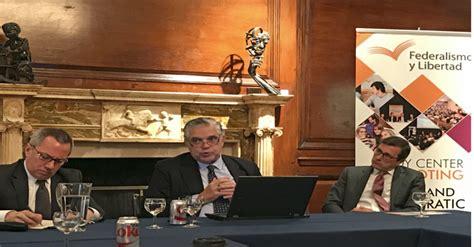 Conversatorio en el Consulado Argentino en Nueva York ...