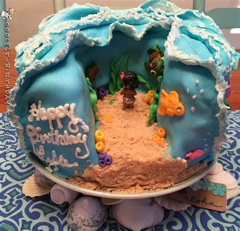Cool Homemade Moana Cake | Cool birthday cakes, Party ...