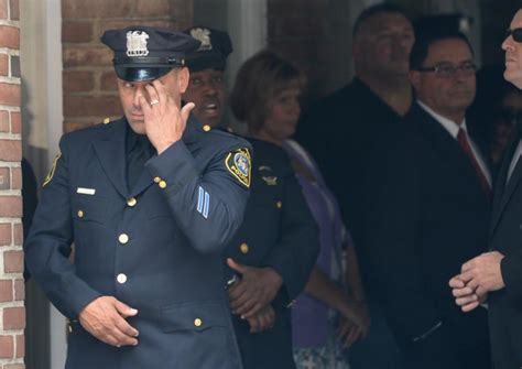 Cops crowd NJ cop Melvin Santiago's wake   NY Daily News