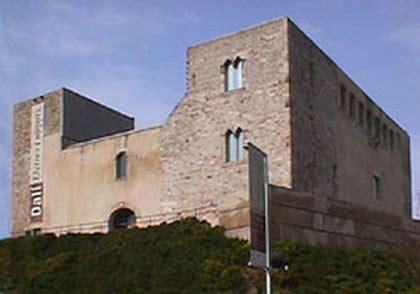 Cornellá, Castillo de   Asociación española de amigos de ...