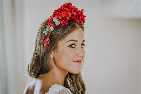 Coronas de flores y tocados Archivos   Flores en el Columpio